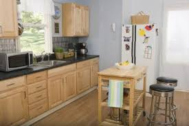 light grey kitchen with oak cabinets colors of curtains that look best with an oak kitchen
