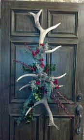 Images Of Decorated Christmas Wreaths by Best 25 Antler Wreath Ideas On Pinterest Elk Antlers Western