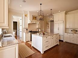 antique white kitchen ideas sherwin williams navajo white sherwin williams antique white kitchen
