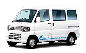 mitsubishi minicab engine mitsubishi minicab electric cars and hybrid vehicle green energy