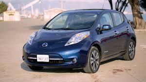 nissan leaf ad nissan leaf forget other cars can it compete with 2 gas cnet