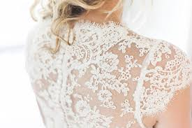 Wedding Dress Rental Save Hundreds On Your Big Day With A Wedding Dress Rental