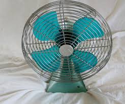 Oscillating Desk Fan by 36 Best Vintage Electric Fans Images On Pinterest Electric Fan
