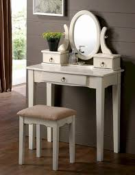 Small Bedroom Vanity by Preparing Yourself Before Going Out Using Your Fancy Bedroom
