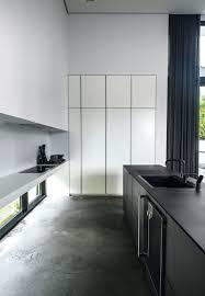 modern kitchen restaurant la maison d u0027anna g raw and modern kitchen pinterest black