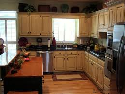 Kitchen Glazed Cabinets Dark Lower Light Upper Kitchen Cabinets For Some Reason I Don U0027t