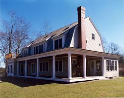 Gambrel Style Homes Gambrel Shingle Style House House And Home Design