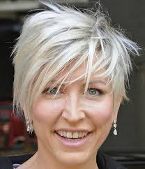 short hairstyles for thin hair over 50 with gles 4k wallpapers