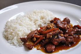 cuisine chinoise porc sauté de porc au caramel à la vietnamienne hervecuisine com