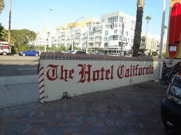 surfboard headboard picture of sea blue hotel santa monica