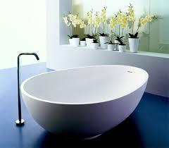 egg shaped bathtub from mastella vov italian bathtub design