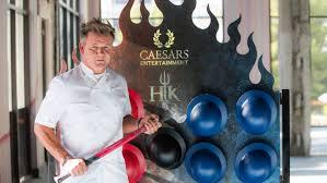 hell u0027s kitchen restaurant caesars palace gordon ramsay restaurants