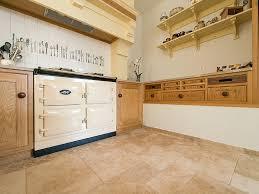 cuisine travertin le travertin dans la cuisine stonenaturelle