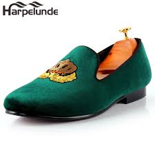 wedding shoes green harpelunde men classic wedding shoes motif badge green velvet flat