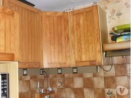 cuisine en pin meuble de cuisine en pin beautiful peindre un meuble de cuisine en