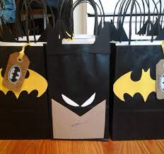 batman gift wrap 2d9df3c4e2959aa3e08b9755af23b347 jpg 640 597 pixels carsons 5th