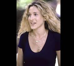 carrie necklace gold what carrie bradshaw wore season two carrie in bunny