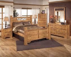 New England Interior Design Ideas Solid Wood Furniture Of Bedstead With Headboard Grey Bedcover Reid