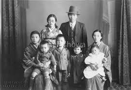meijishowa 61026 0004 japanese family studio vintage images