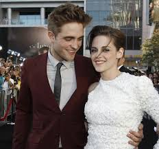 Stories You May Have Missed  Rob  amp  Kristen Skipping The Oscars Robert Pattinson   Kristen Stewart Blog   blogger