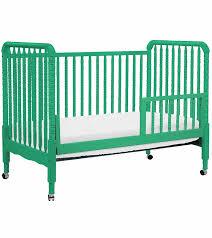 Convertible Crib Vs Standard Crib Davinci Lind 3 In 1 Convertible Crib Emerald
