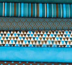 plaid turquoise pour canapé plaid en patchwork folklore pour mon canapé merci tina
