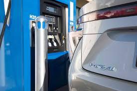 lexus hs 250h gas tank capacity 2016 toyota mirai review long term update 1