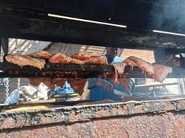 burgh b q pittsburgh might not have an historic style for smoked