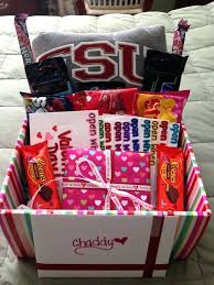 valentines gifts for guys gift baskets hopsd org