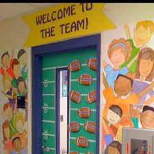 theme decorating ideas best 25 team theme ideas on teamwork bulletin boards