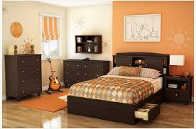 Complete Bedroom Decor Interior Modern African Bedroom Decor With - Full set of bedroom furniture