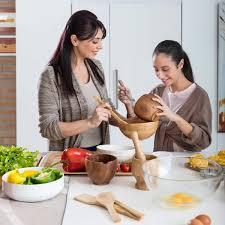 cuisine en famille de beaux moments en famille dans la cuisine indesit