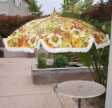 Retro Patio Table by Vintage Patio Umbrella Techieblogie Info