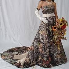 35 best camo wedding dress images on pinterest awesome dresses