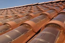 piastrelle fotovoltaiche le tegole fotovoltaiche salvano il paesaggio idee green