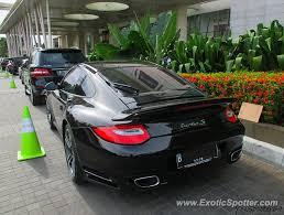 porsche 911 indonesia porsche 911 turbo spotted in jakarta indonesia on 03 08 2015