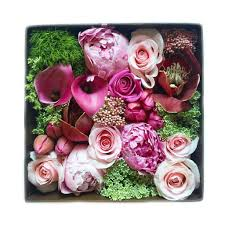 luxury flowers manhattan florist luxury flowers gift box