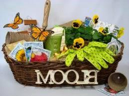 Gardening Basket Gift Ideas Garden Gift Basket Onioneye