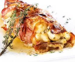 cuisiner la lotte marmiton rôti de lotte au lard et beurre de thym recette de cyril lignac