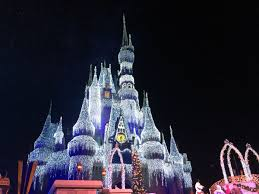 a frozen holiday wish debuts at magic kingdom with video