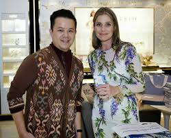 aerin lauder jet and indonesian ikat three u0027s classy company