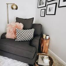 Small Sofa For Bedroom by Best 20 Bedroom Couch Ideas On Pinterest Tiny Apartment