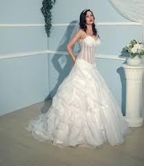 brautkleid mit corsage couture brautkleid malina mit durchsichtiger corsage und floral