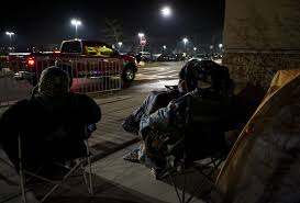 best vehicle black friday deals shoppers continue to line up in anticipation of black friday deals