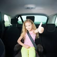 comment attacher un siège auto bébé comment choisir un réhausseur auto