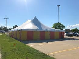 fireworks tent stand at fareway grocery in marion iowa fireworks stand at fareway grocery in marion iowa for bellino fireworks