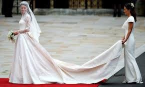 kate middleton wedding dress gossip mcqueen being sued for allegedly copying kate