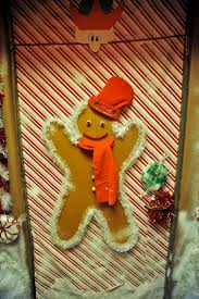 Christmas Office Door Decorating Themes by December 2009 Sanjac Watercooler