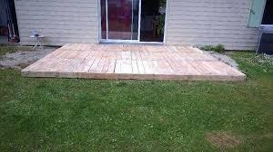 reclaimed pallet deck flooring
