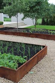 garde corps jardin 55 idées sympas pour intégrer l u0027acier corten dans votre jardin